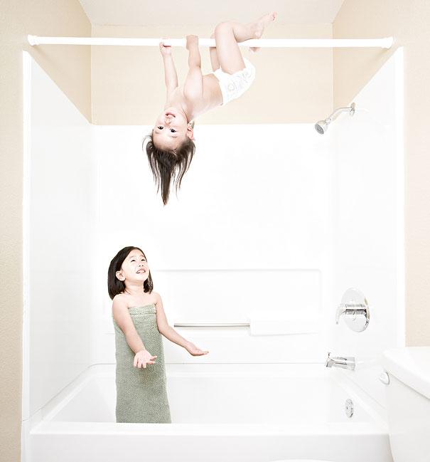 Идеен баща прави щури снимки на дъщерите си