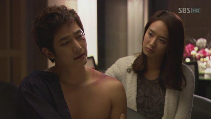 Park Shi Hoo, Park Jung Ah