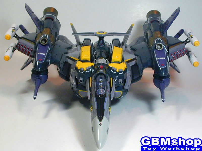 Macross Frontier VF-25S Armored Messiah with Reaction Missiles Fighter Mode