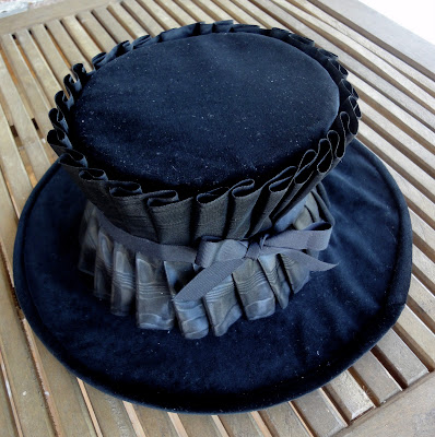 diy festival top hat upcycled from a large brimmed straw hat