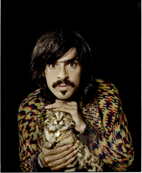 Devendra Banhart and a cat