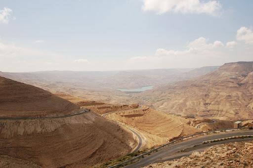 Иордания. Дороги в пустыне