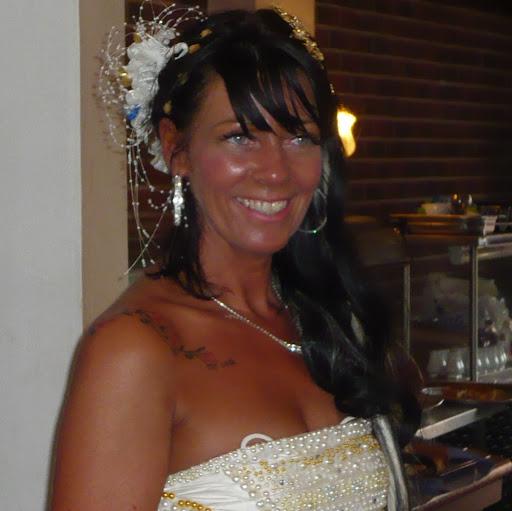 Gina Robertson