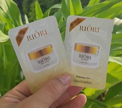 gói test dưỡng da ngày và đêm riori