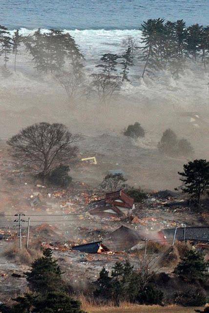 Tsunami – Japão 2011 - As melhores imagens da tragedia... Fotos-do-japao-29