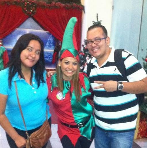 Oscar Turcios Photo 30