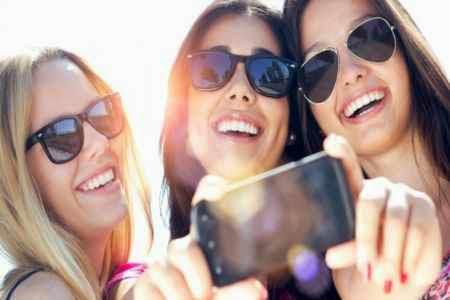 Importancia de rodearse de amistades para olvidar a tu ex