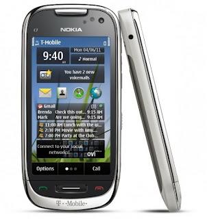 Nokia-C7-Astound-TMobile-Standing