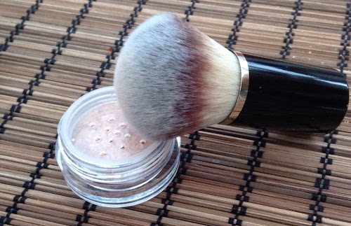 Earthnicity Minerals London Mineral Foundation and Kabuki Brush