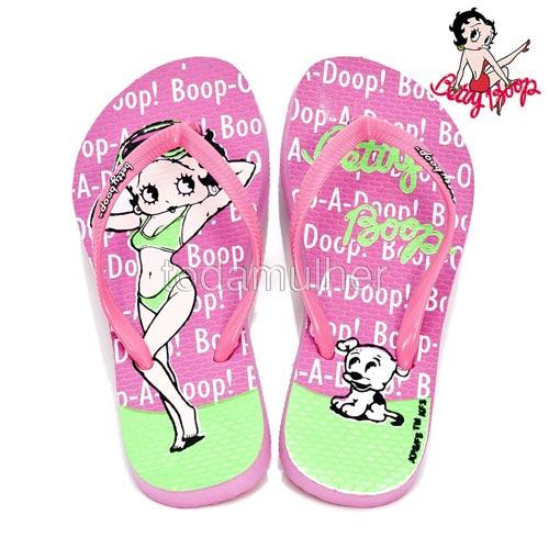 Chinelo cor de rosa da Betty Boop