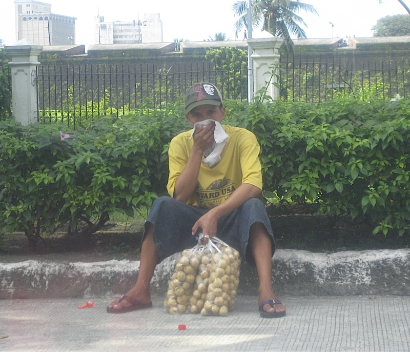 Manila street vendor