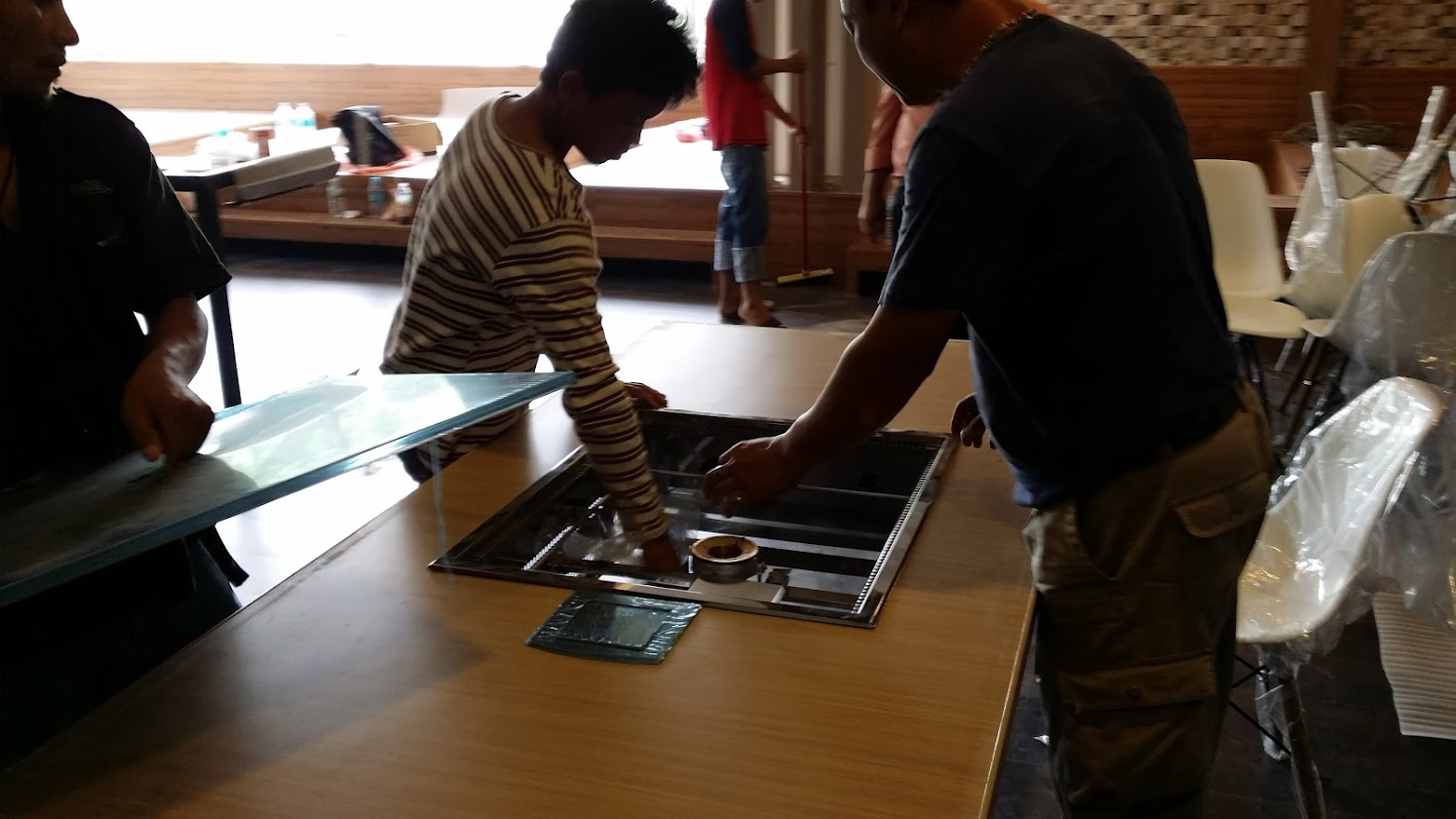 installing table