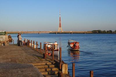 Riga, son port et son fleuve: Reportage