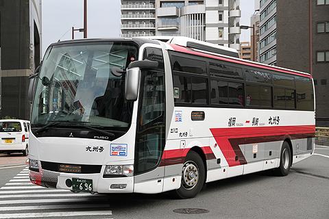 九州急行バス「九州号」 長崎・696