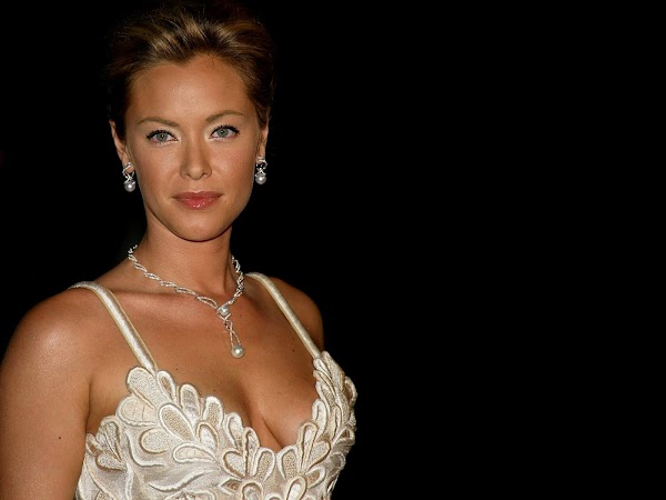 Kristanna Loken part 1  #picasa:picasa,girls magazine