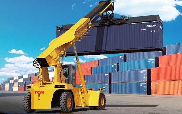 Xe nâng container TCM