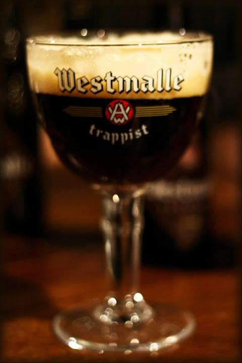 Beer__beer__beer_by_raido_ehwaz.jpg