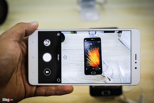 Đập hộp Xiaomi Mi 5s Plus giá hơn 10 triệu đồng - 144822