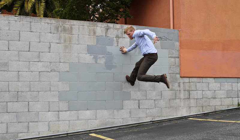 Jared jumps against wall in Bird's Eye SOBs
