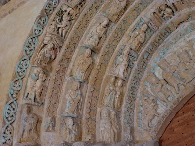 Calendario románico - Página 4 P1100346