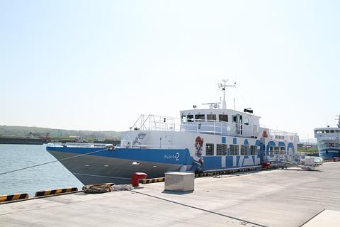 羽幌沿海フェリー 高速船「さんらいな2」 羽幌フェリーターミナルにて