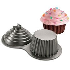Wilton  Cake Pan Dimensions