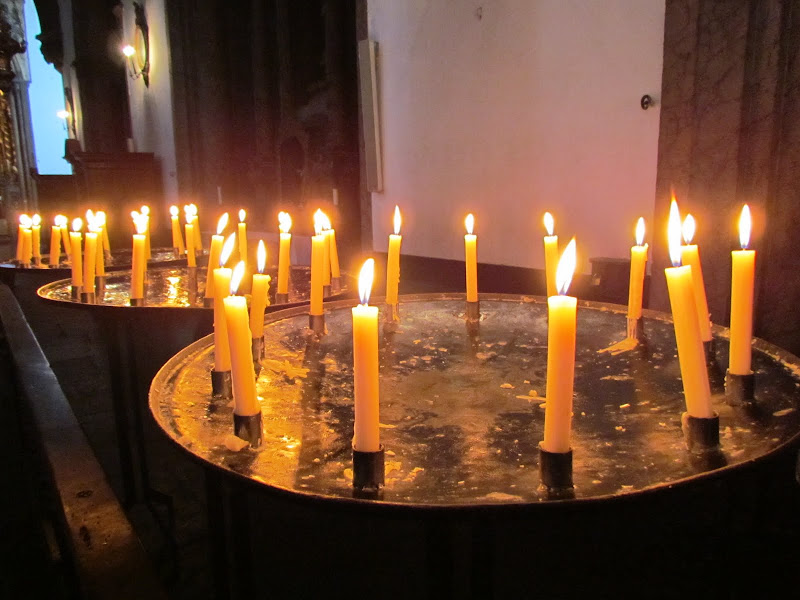candles in Funchal cathedral