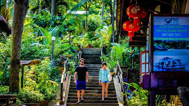 Liên Hiệp Thành Resort Phú Quốc tuyển dụng tháng 09/2017