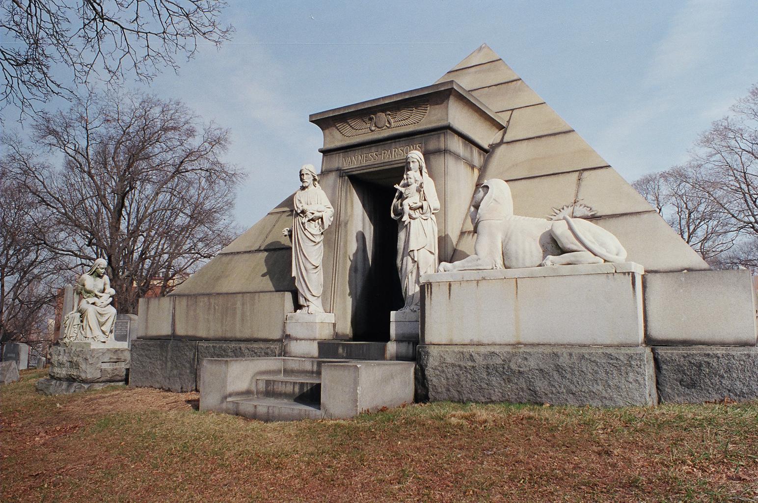 Van Ness Parsons Mausoleum Egyptian Revival Architecture
