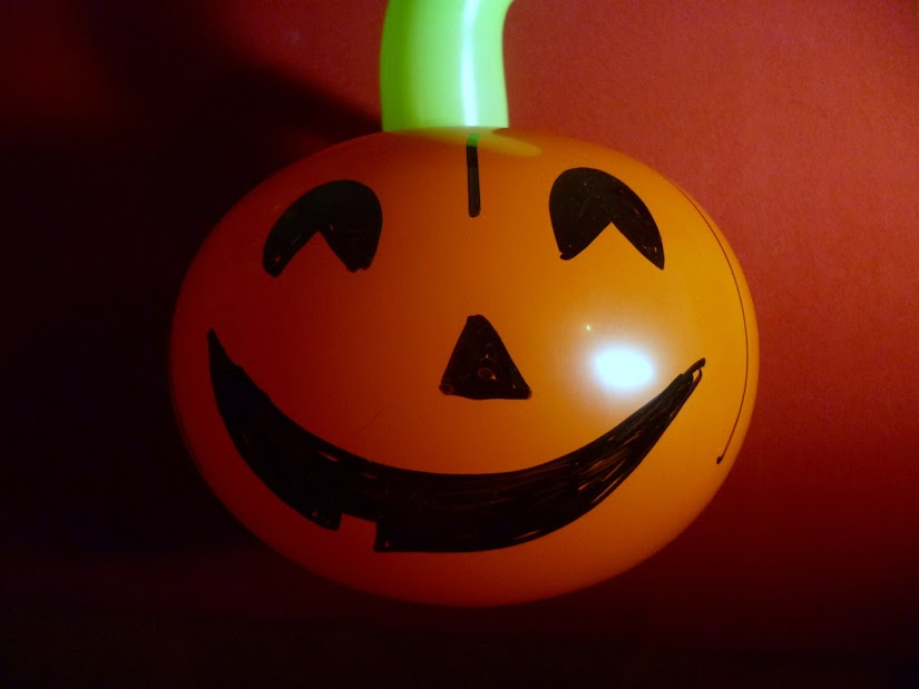 manualidad globos halloween