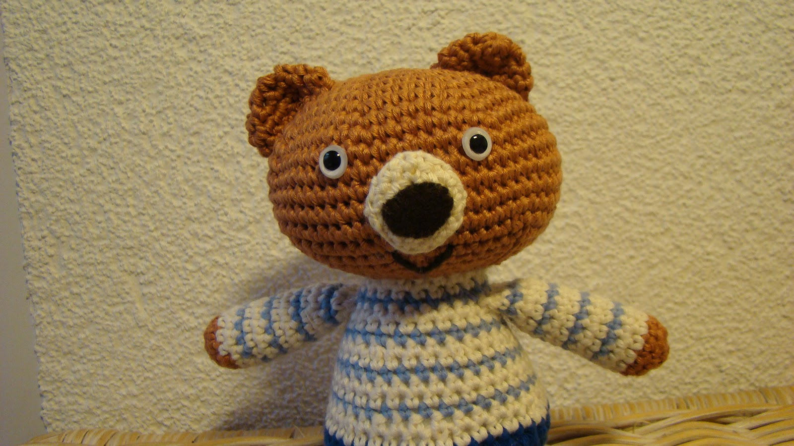 Amigurumi To Go Teddy Bear : Roving Around Crafts: Kyuuto Amigurumi Teddy Bear