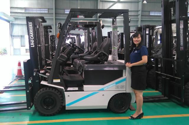 Xe nâng điện 2.5 tấn T1B2L25U
