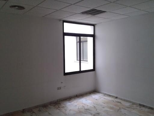 Oficina en alquiler con 150 m2,  en Centro Histórico (Badajoz)