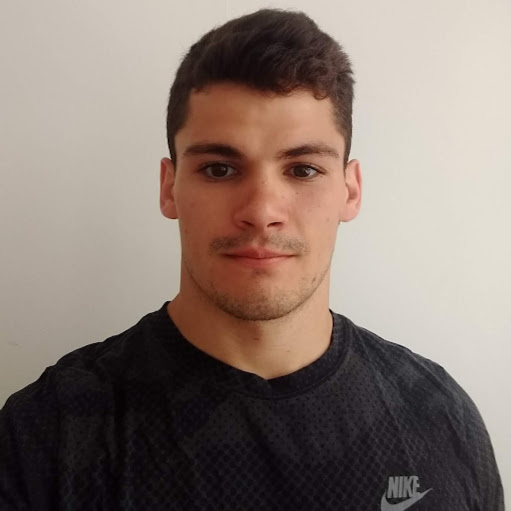 Carlos Manzano