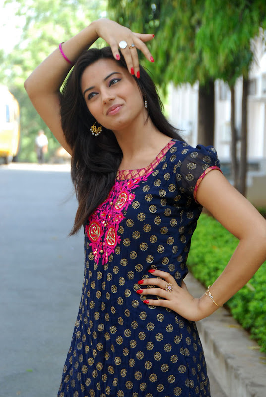 Isha Chawla Prema Kavali fame Latest Photoshoot sexy stills