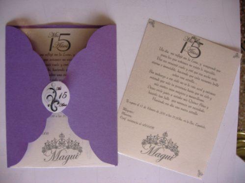 Invitación lila papel reciclado para quinceañera
