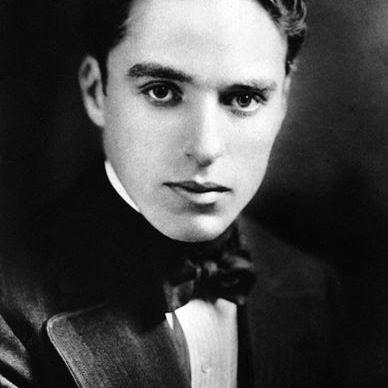 Charlie Chaplin Photo 23