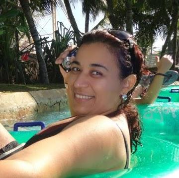 Angela Moreira Photo 21