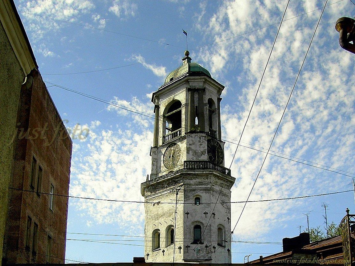 Часовая башня в Выборге фото