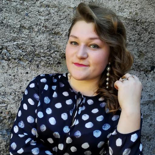 Таня Дзюбук