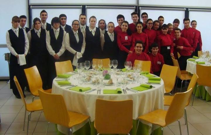 Alunos de hotelaria de Pontevedra visitaram a escola de hotelaria de Lamego