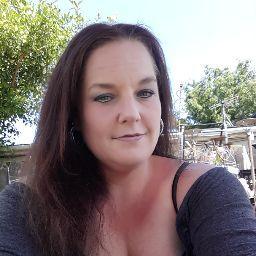 Angela Melvin Photo 15