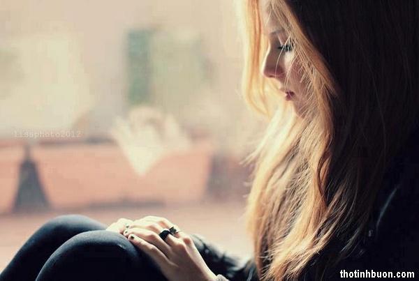 thơ cô gái buồn vì tình