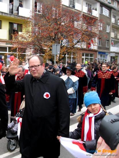 prezydent gdańska Paweł Adamowicz na paradzie niepodległości