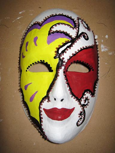 Maskers schilderen op buurvrouwendag 026.jpg