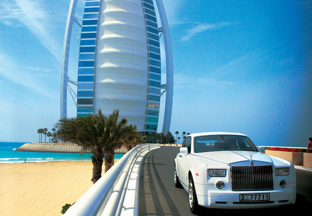 World expensive hotels burj al arab hotel in dubai for The most luxurious hotel in dubai