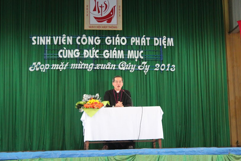 [Video] Lời huấn dụ của Đức Cha Giuse Nguyễn Năng