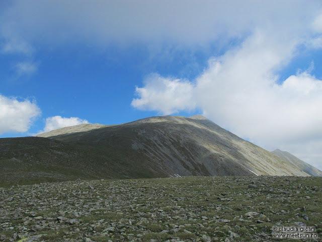 Retezat Trail Race - spre Varful Custura