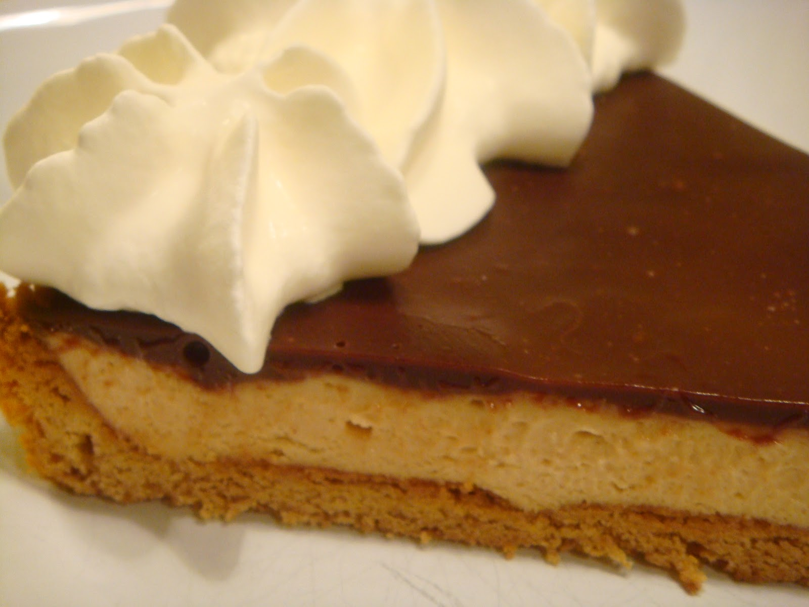 Delicious Dishings: Chocolate-Peanut Butter Mousse Tart