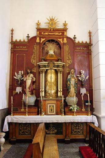 Antiguo altar mayor de la Iglesia realizado en Valencia 1944